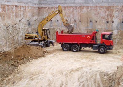 Excavació , carrega i transport.